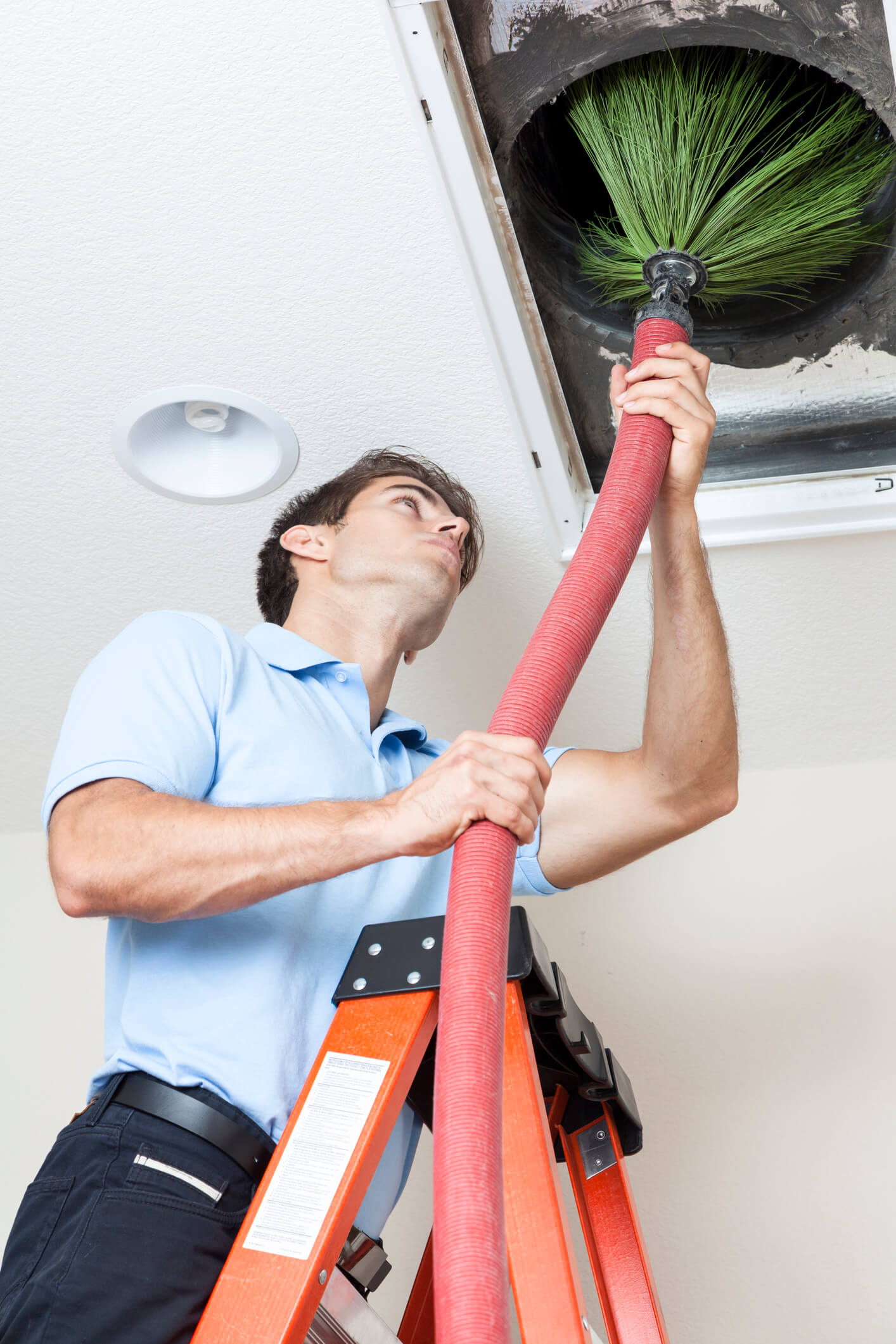 HVAC Professional Cleaning Air Duct